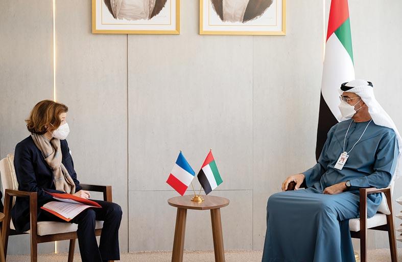 محمد بن زايد يستقبل رئيس تتارستان ووزيرة القوات المسلحة الفرنسية على هامش فعاليات آيدكس 2021