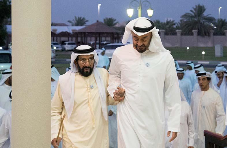 محمد بن راشد ومحمد بن زايد يحضران مأدبة إفطار أقامها طحنون بن محمد
