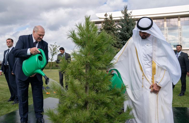 محمد بن زايد: الإمارات تتبنَّى سياسة خارجية تقوم على الانفتاح والتعاون والشراكة
