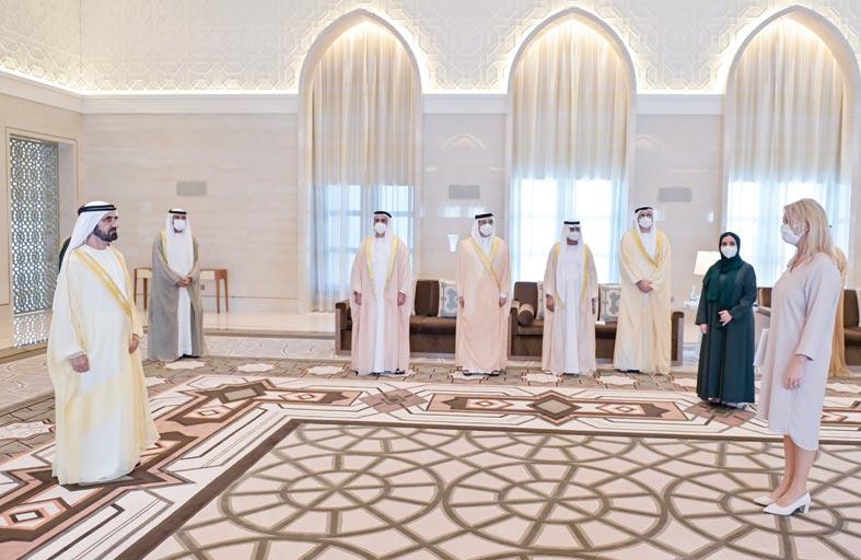 محمد بن راشد يتسلم أوراق اعتماد سفيرين جديدين معينين لدى الدولة