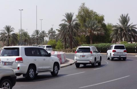 تحسين وتطوير الحركة المرورية بمنطقة المدارس الخاصة بالعين