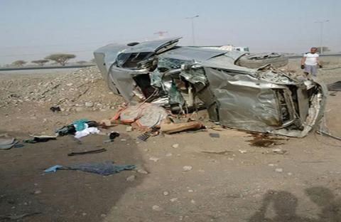وفاة شخصين وإصابة ثالث ونفوق 4 جمال في حادث دهس برأس الخيمة