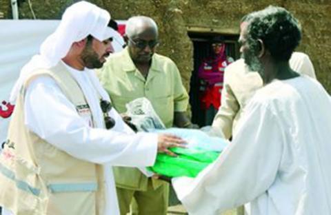 الهلال الأحمر تعزز جهودها لإغاثة المتضررين من الفيضانات وسط الصومال