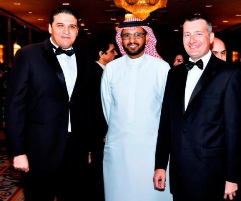 إنتركونتننتال أبوظبي يستضيف عملاءه في حفل فاخر