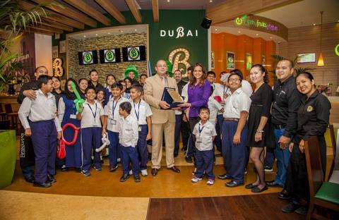بينيجانز- دبي مول يستضيف طلاب مركز منزل الخيري لذوي الاحتياجات الخاصة