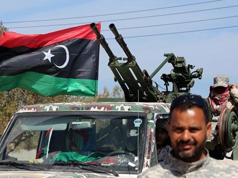 تمديد البعثة الأممية وتخفيف حظر السلاح بليبيا