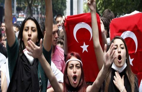 اليوم يُكرم السلطان أردوغان.. أو يُهان!