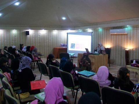 دار البر تنظم دورات متنوعة لطالبات مشروع البر