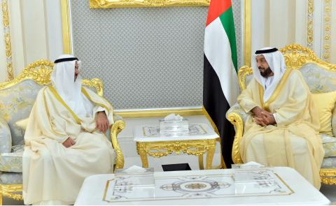 رئيس الدولة يستقبل رئيس مجلس الأمة الكويتي ويؤكد عمق العلاقات بين البلدين