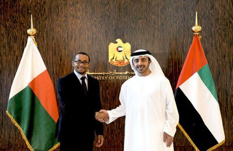 عبدالله بن زايد يؤكد حرص الإمارات على دعم علاقاتها الثنائية مع الدول الأفريقية الصديقة