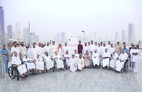 فريق العمل التطوعي بمواصلات الإمارات ينظم رحلة ترفيهية لـ14 مسناً في الشارقة وعجمان