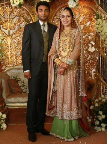 كبار الشخصيات والأهل والأقارب والأصدقاء يحضرون حفل زواج كويا – محمد في كالكوت بالهند