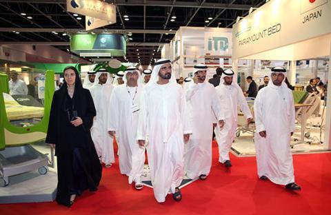 محمد بن راشد يزور معرض ومؤتمر الصحة العربي