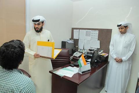 مدير عام محاكم دبي ينطلق في الميدان بمهام مأمور تنفيذ