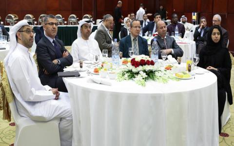 نائب رئيس جامعة عجمان يعقد اجتماعا تعارفيا مع المسؤولين في الجامعة