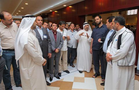 وفد من القيادات الحكومية الليبية يزور محاكم دبي