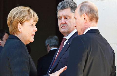 الدور الألماني.. واستراتيجية ميركل المزدوجة!