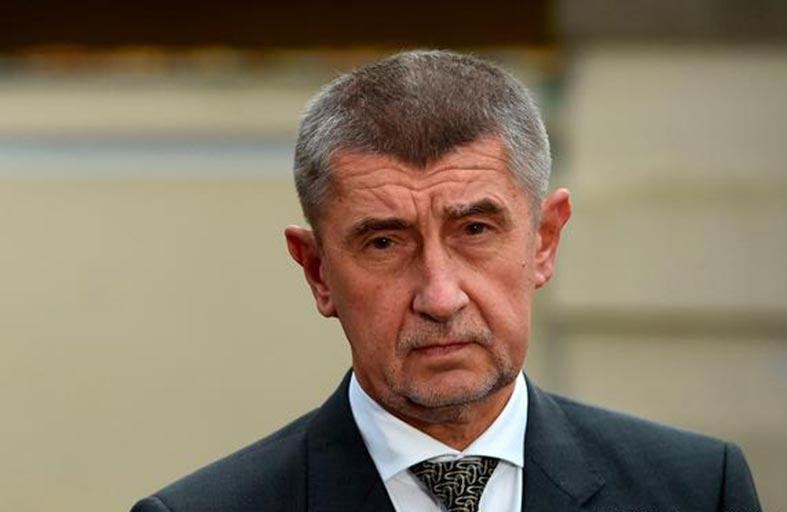 رئيس وزراء تشيكيا لن يستقيل