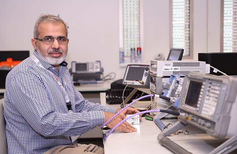 باحثون من جامعة الإمارات يطورون تقنية جديدة للكشف عن تلوث وقود الطائرات