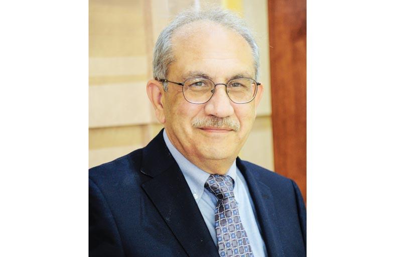 كلية العلوم الصحية في جامعة أبوظبي تستعرض خططها الاستراتيجية