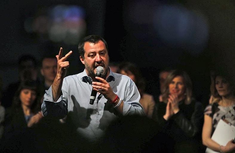 إيطاليا: هل هي بداية أفول نجم ماتيو سالفيني...؟