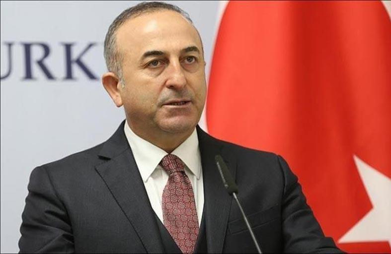 أوغلو يسوّق تركيا في أوروبا.. عبر مقال مضحك