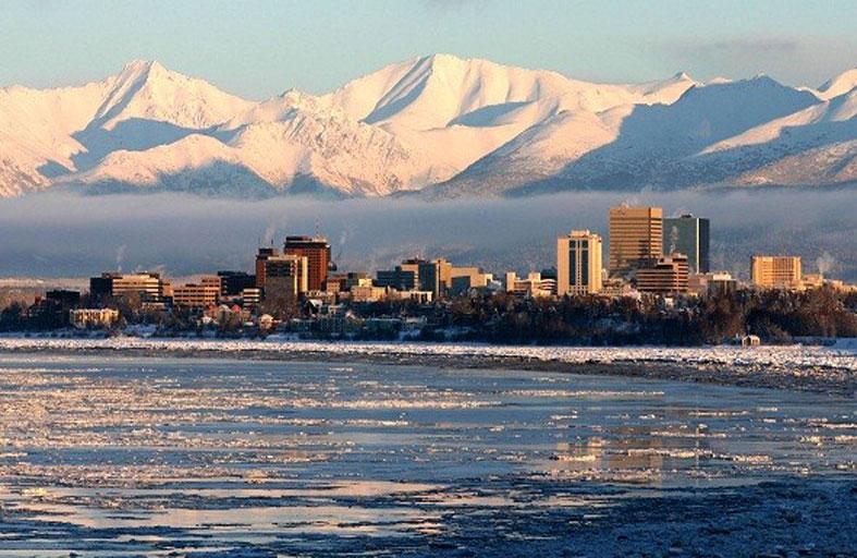 تسونامي هائل قد يضرب ألاسكا