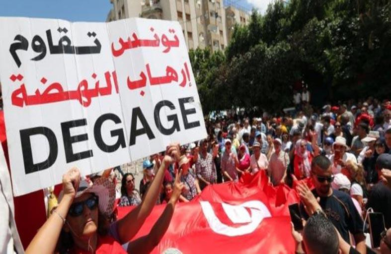 سقوط «النهضة»..ما هي ارتدادات زلزال تونس على «إخوان» العالم؟