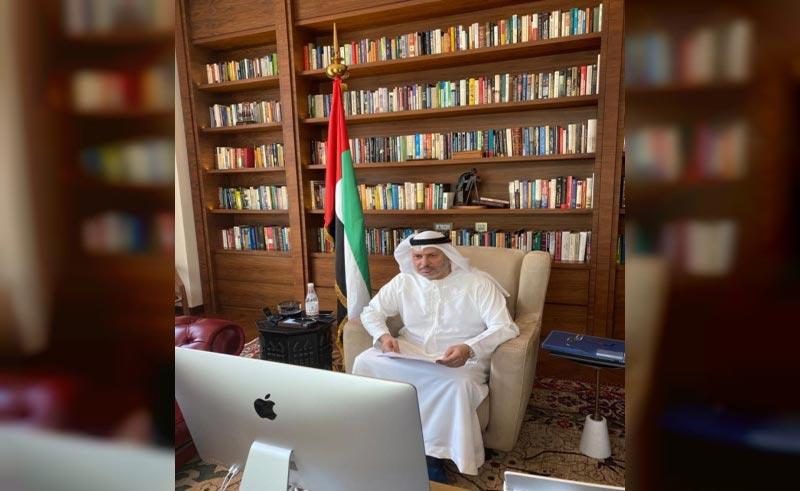 قرقاش : نهج الإمارات الإنساني ركيزة أساسية في سياسة الدولة