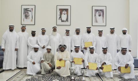 نادي الذيد يكرم الفائزين ببطولة الرماية المفتوحة للمواطنين فئة إسقاط الصحون