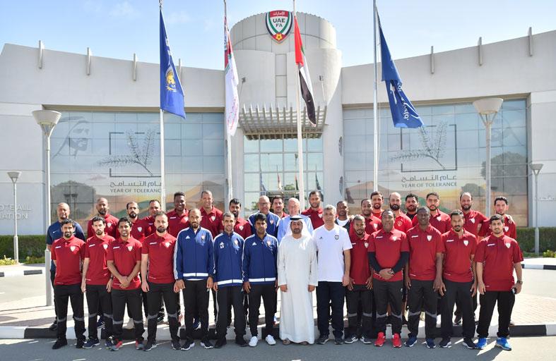 انطلاق الدورة التدريبية لنيل الرخصة المحلية (C) لمدربي كرة القدم
