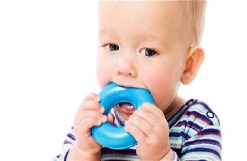 ما سبب لجوء الأطفال إلى العض ؟