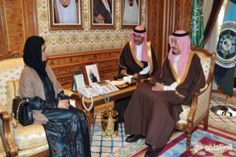 ولي العهد السعودي يلتقي وزيرة خارجية باكستان