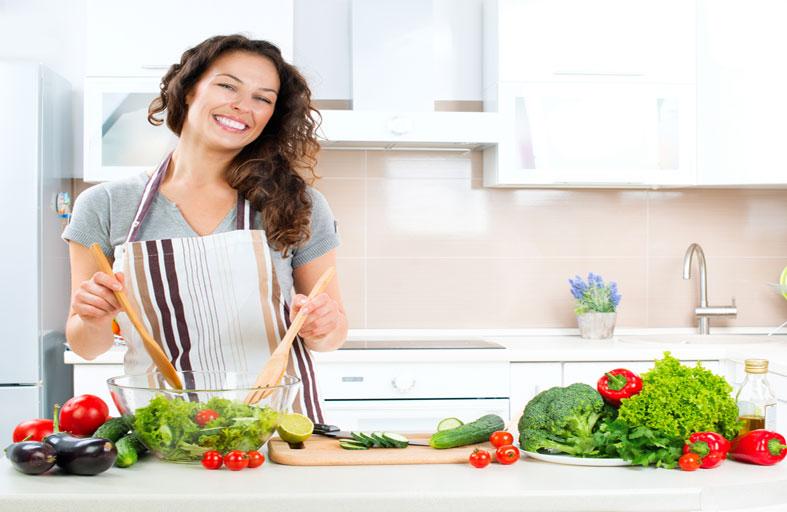 لـربات المنزل.. 10 أخطاء يجب تجنبها في المطبخ