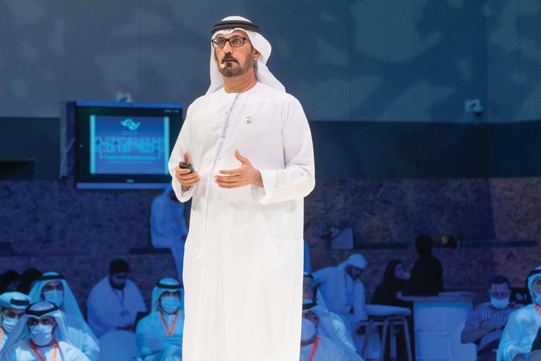 وزير التربية و التعليم الإماراتي: لدينا خطة لدمج التعليم العالي و الثانوية العامة في منظومة تعليمية تختصر مدة التعلم
