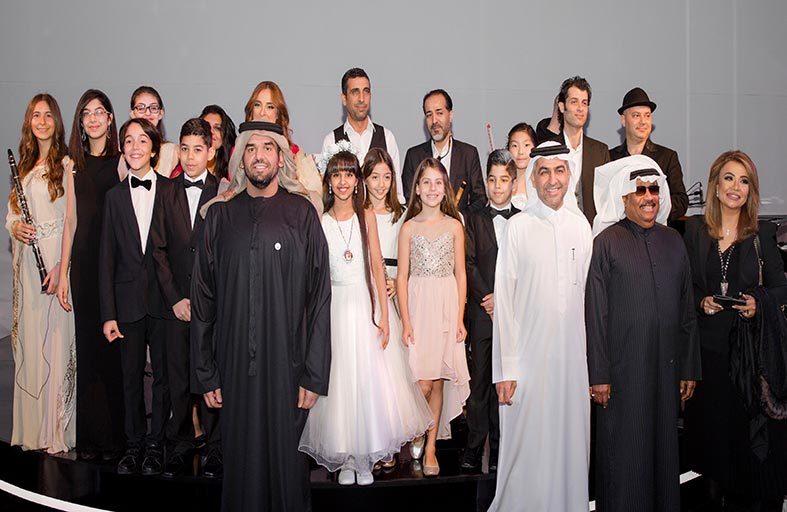 حسين الجسمي يدعم ويساند مواهب أطفال «الجليلة لثقافة الطفل» في دبي