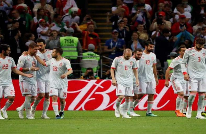 لاعبو اسبانيا يفضلون القيلولة عن متابعة المباريات