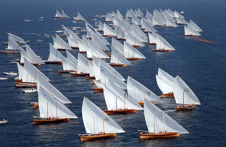 (جونيور ريغاتا) في جميرا الجمعة والسفن تبحر السبت