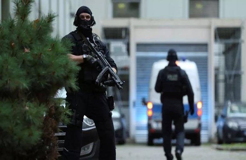 ألمانيا تحظر جماعة سلفية