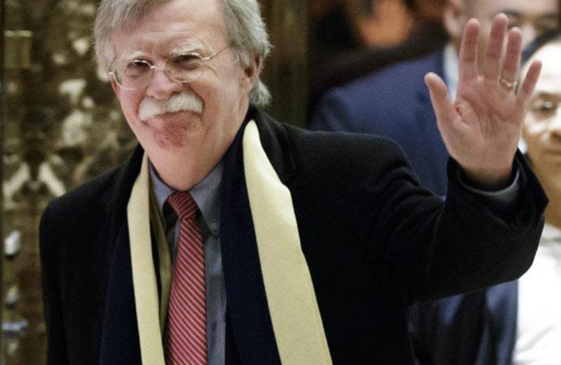 دعوة إلى إقالة بولتون لتجنب «الحروب الفاشلة»