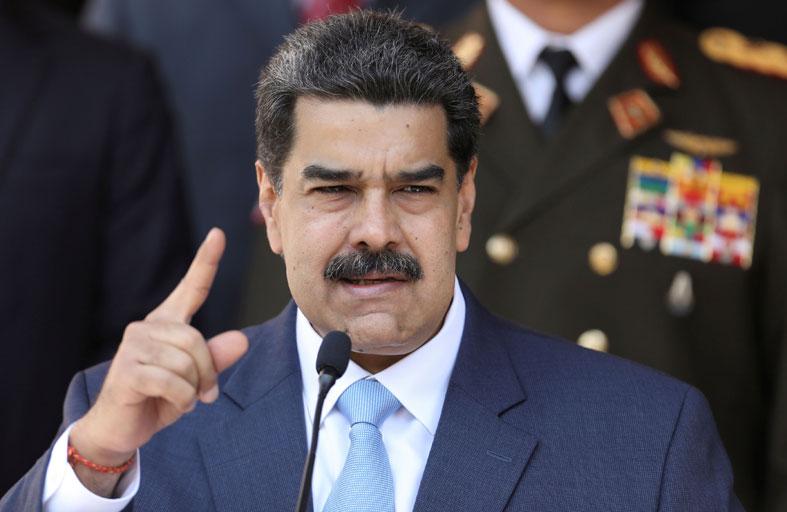 رداً على عقوبات.. رئيس فنزويلا يطرد سفيرة الاتحاد الأوروبي