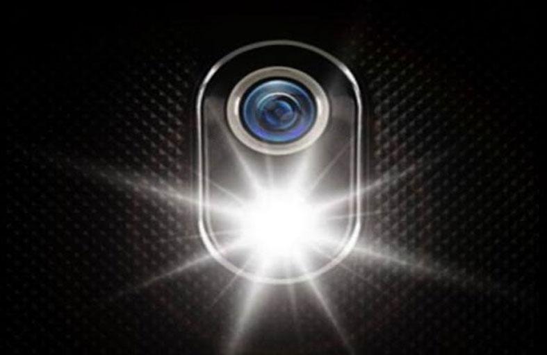 فلاش الكاميرا قد ينقذك من سرطان نادر