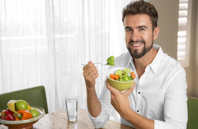 أفضل 10 أغذية ومكملات غذائية للحفاظ على الطاقة والصحة