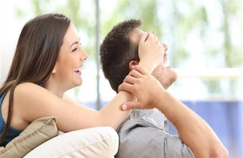 الشعور بالقوة في العلاقة يؤثر على السعادة في الحب