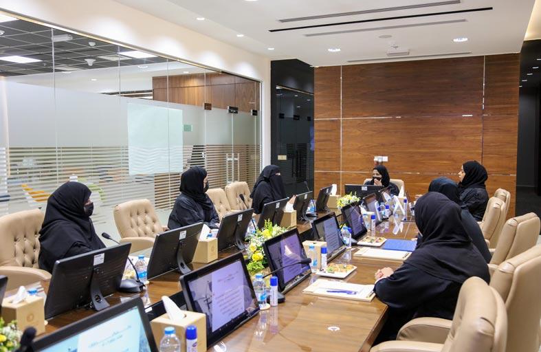 مجلس سيدات أعمال عجمان يعزز شراكاته مع مركز سعادة المتعاملين التابع لوزارة تنمية المجتمع