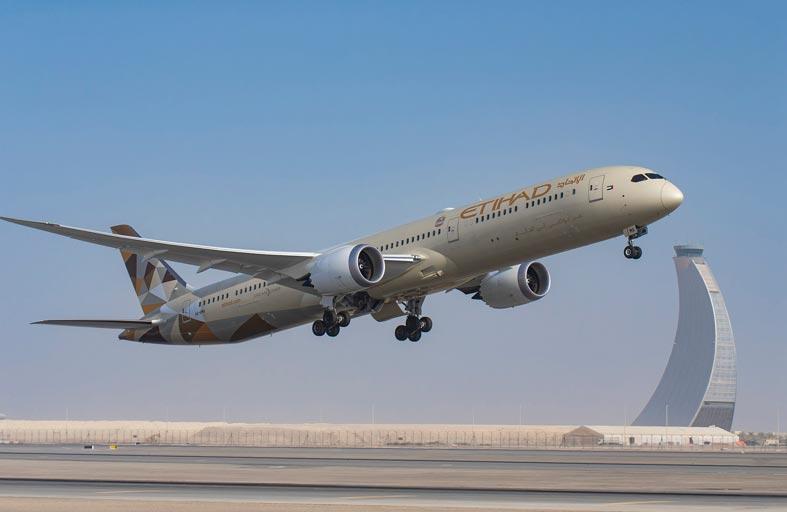 الاتحاد للطيران توسع نطاق شراكتها مع مايكروسوفت لتعزيز قدراتها التقنية