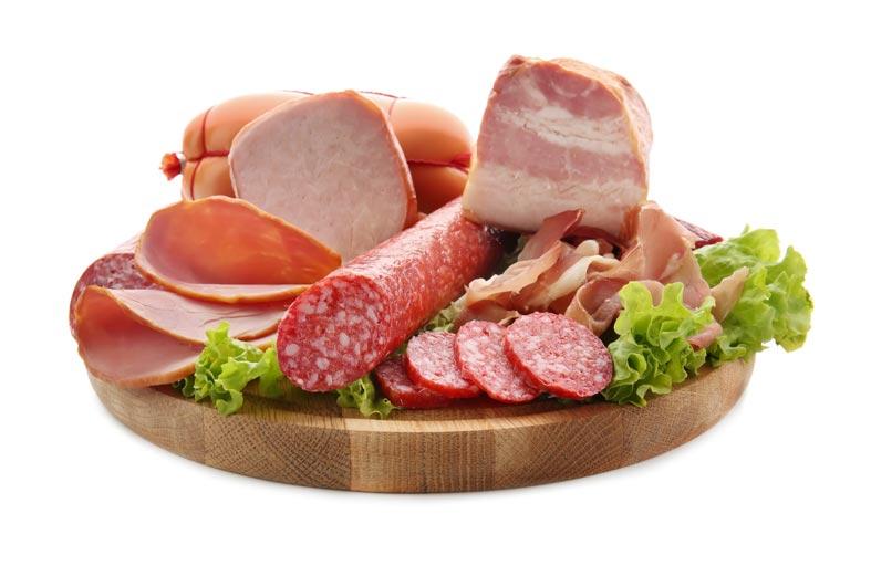 دراسة تحذر من خطر صحي ينجم عن تناول اللحوم الحمراء والمعالجة!