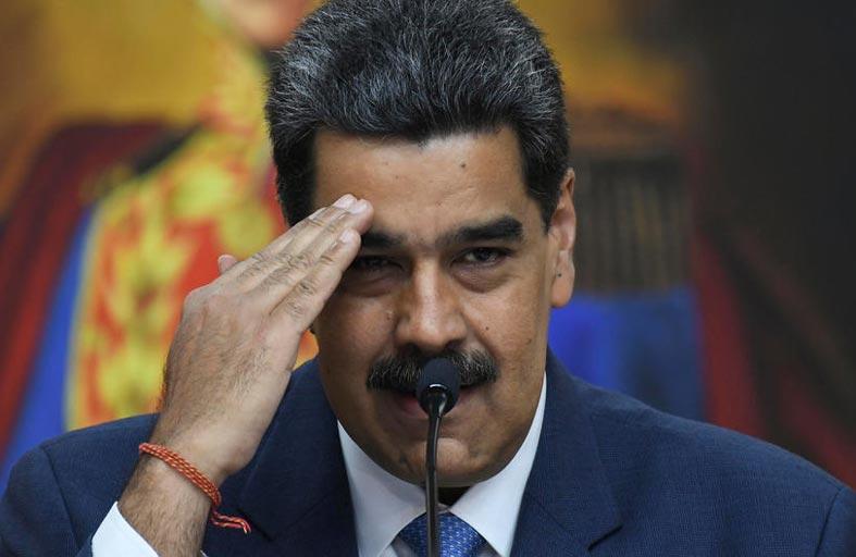 مادورو: «لا حوار» مع الاتحاد الأوروبي «ما لم يصحح موقفه»