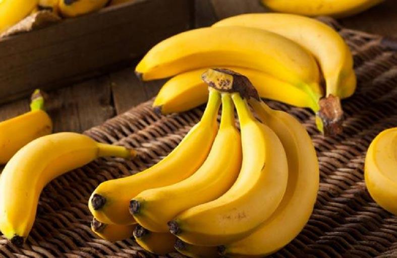 احذر الموز على معدة خاوية