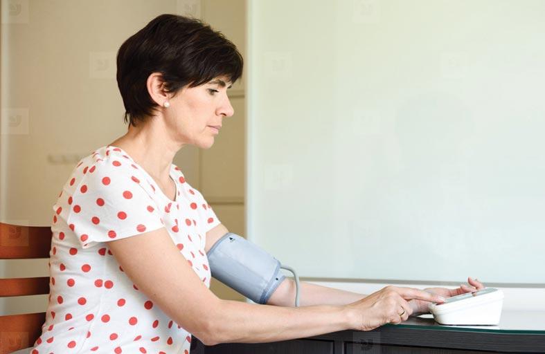 منها قصور الغدة..أسباب وأعراض انخفاض ضغط الدم